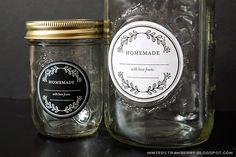 Free Printable Floral Mason Jar Labels - great for mason jar gift giving, wedding favors and such! @mintedstrawberry.blogspot.com #DIYfavor #DIYwedding #masonjar #worldlabel