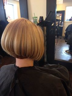If I find a boy with straight, thick hair, he'll probably end up with a stacked bob at some point.  So cute!