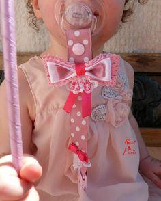 Attache tétine / attache sucette bébé gros noeud et dentelle (rose poudré)