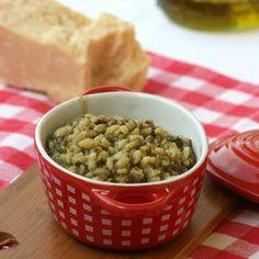 Orzotto con lenticchie e bietole selvatiche
