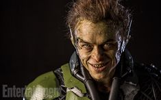 Dane DeHaan gets a real close-up as The Green Goblin. The Amazing Spider-Man 2 villain is one of three. Harry Osborn, Dane Dehaan, Andrew Garfield, Green Goblin, Spider Man 2, Spiderman Movie, Superhero Movies, Gwen Stacy, Hero Arts