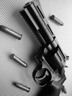 Colt Python .357 http://morbide-angie.tumblr.com/post/51221963971