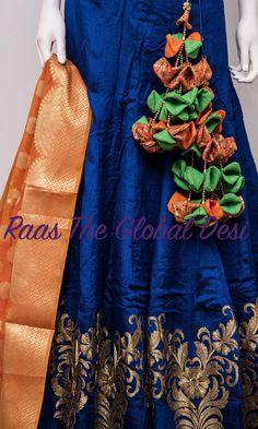 Saree Kuchu Designs, Silk Saree Blouse Designs, Indian Wedding Outfits, Indian Outfits, Saree Tassels, Wedding Saree Blouse, Kids Gown, Stylish Blouse Design, Silk Thread Bangles