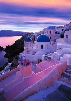 Santorini Greece- Always always wanted to go there! who dont wanna go to Santorini Greece! Dream Vacations, Vacation Spots, Places To Travel, Places To See, Top 10 Destinations, Holiday Destinations, Patras, Destination Voyage, Future Travel