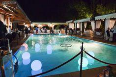 http://www.lemienozze.it/operatori-matrimonio/luoghi_per_il_ricevimento/villa-ricevimenti-a-frosinone/media/foto/9 Piscina all'aperto per un ricevimento di nozze romantico.