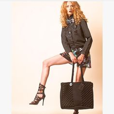Be your own style 🔝🖤✔️ Handmade Bags, Fashion Addict, Michael Kors, Tote Bag, Chic, Unique Fashion, Fashion Inspiration, Pattern, Instagram