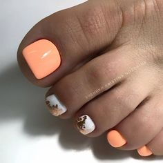 Who's ready for a fresh pedicure? Summer is here and your toes will be making an appearance due to the warmer weather.