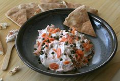 Smoky, creamy and with a salty pop from the capers, this Smoked Salmon Dip is versatile as a shared lunch or appetizer, scooped onto pita wedges. Seafood Appetizers, Easy Appetizer Recipes, Supper Recipes, Yummy Appetizers, Greek Easter Bread, Italian Easter Bread, Smoked Salmon Dip, True Food, Snacks
