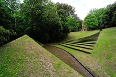 villa celle, pistoia [TAPERED GRASS STEPS...]