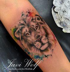 Aquarelle lion tatoué par Javi Loup