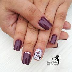 24 Ideias de Unhas desenhadas com Flores fáceis de desenhar Fancy Nails, Pretty Nails, Purple Nails, Short Nails, Nail Inspo, Pedi, Nail Art Designs, Hair Beauty, Bling