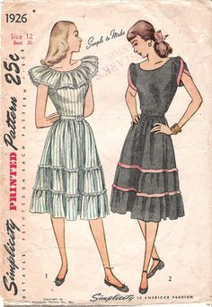 Vintage Pattern Simplicity 1926 Bust 34 New Look Full skirt Peasant dress off the shoulder Ruffle Patio Squaw rockabilly Tiered Vintage Outfits, Vintage Dresses, Vintage Dress Patterns, Clothing Patterns, 1940s Fashion, Vintage Fashion, Little Girl Dresses, Girls Dresses, Vintage Mode