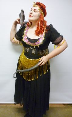 This beautiful snake charmer costume would be ideal for a sideshow performer or a circus themed party. The costume comes with skirt, top, be