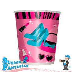 Vaso Fashion. Travel Mug, Tableware, Fashion, Events, Woman, Moda, Dinnerware, Fashion Styles, Tablewares