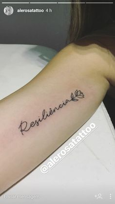 Wings Tattoo Ideas And Their Meanings Top Tattoos, Mini Tattoos, Cute Tattoos, Body Art Tattoos, Small Tattoos, Simple Tattoos For Women, Sexy Tattoos For Girls, Resilience Tattoo, Tattoo Feminina