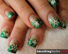 Turn the Snowflakes into 4 Leaf Clovers and we got St. Patrick's Day Nails :)