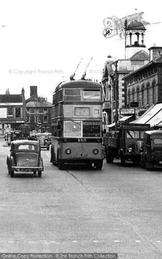 Christchurch, High Street, The Trolley Bus from Francis Frith London Transport, Public Transport, Christchurch New Zealand, Double Decker Bus, Bus Coach, Rural Area, New Forest, Busses, Bournemouth