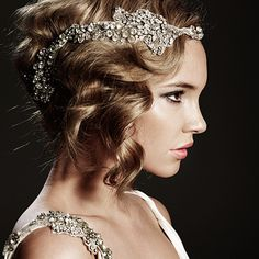 I absolutely love 1920's style headbands.  This one is beautiful!  Perfect for a bride.