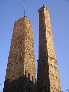 Bologna tornyok