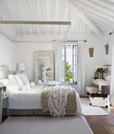 If you are looking for Farmhouse Master Bedroom Decor Ideas, You come to the right place. Below are the Farmhouse Master Bedroom Decor Ideas. Farmhouse Master Bedroom, Home Bedroom, Bedroom Decor, Bedroom Ideas, Dream Bedroom, Bedroom Furniture, Serene Bedroom, Calm Bedroom, Airy Bedroom