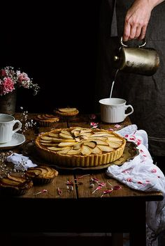 Apple cake by Raquel Carmona