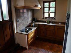 Маленькая деревенская кухня. Фото 13