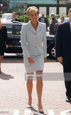 Diana, Princess Of Wales, Visiting The Royal Brompton Hostpital To Meet Young Cystic Fibrosis Sufferers. Princess Diana Is Wearing A Pale Blue Suit Designed By Versace.