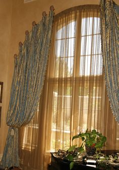 Curtains for Arched Shaped Windows - Bing images Window Decor, Drapery Designs, Arched Windows, Arched Window Coverings, Modern Curtains, Curtain Designs, Arched Window Treatments, Window Styles, Custom Window Treatments