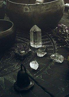 Crystal Point // Wicca // Witchcraft // Witchy