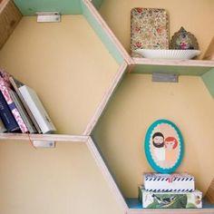 How to Make Honeycomb Shelving {build a shelf}