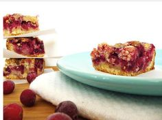 Cranberry Crumb Bars | The perfect winter dessert, these cranberry crumb bars warm or cooled.