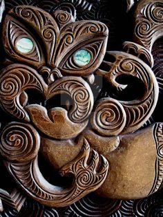 Maori wood carving from the University Of Canterbury Maori Tribe, Maori Patterns, Tiki Tattoo, Maori Designs, New Zealand Art, Maori Art, Art Carved, Bone Carving, Indigenous Art