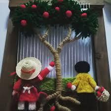 Resultado de imagen para www.como trabajar con telares artesanales decorativos Weaving Wall Hanging, Weaving Art, Weaving Patterns, Loom Weaving, Tapestry Weaving, Hand Weaving, Knitting Patterns, Weaving Techniques, Handmade Design