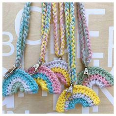 First a big thank you to all of you for your amazing reactions to my rainbowhanger crochetpattern! Marque-pages Au Crochet, Crochet Round, Crochet Home, Cute Crochet, Crochet For Kids, Crochet Crafts, Crochet Projects, Crochet Lanyard, Crochet Keychain Pattern