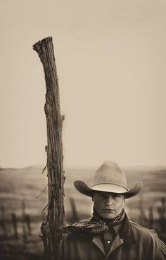 Tanner Lund at Burro Creek Corrals - South Fork, AZ | image by Scott Baxter