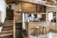 25 Best Studio Flat Design Ideas: Our Definitive Guide Smart Kitchen, Loft Kitchen, Kitchen Decor, Kitchen Wood, Country Kitchen, Shabby Chic Couch, Tips And Tricks, Layout Design, Design Ideas