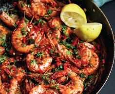 Alida Ryder's chilli prawns is the perfect recipe with lemon juice. Find these and other lemon juice recipes on EatOut Prawn Recipes, Chilli Recipes, Lemon Recipes, Yummy Recipes, Yummy Food, Chilli Prawns, Spicy Prawns, Lamb Vindaloo, Vegetable Samosa