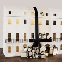 Discover the World of Jo Malone™