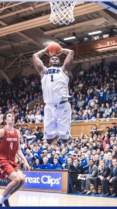 Zion Williamson Duke Basketball Players, Duke Bball, Basketball Skills, Basketball Leagues, Basketball Legends, Basketball Cards, College Basketball, Blake Griffin Dunk, Kobe Bryant Dunk