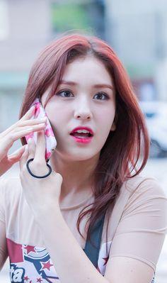 South Korean Girls, Korean Girl Groups, Wonder Girls Members, Ur Beautiful, Beauty Women, Beauty Girls, Jeon Somi, Looking Forward To Seeing, Girl Crushes