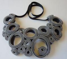 Círculos de plata collar de cremallera por exuvi en Etsy