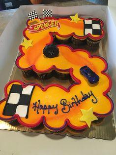 Hot wheels cupcake cake