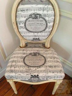 Classique revisité… chaise médaillon, tissus Pierre Frey, Mozart… fait maison Pierre Frey, Mozart, Conscience, Deco, Arts, Bedrooms, Toile, Creative Art, Chairs