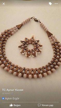 - Jewelry World Bead Jewellery, Beaded Jewelry, Jewelery, Jewelry Necklaces, Super Duo Beads, Jewelry Making Tutorials, Beaded Earrings, Jewelry Crafts, Jewelry Design