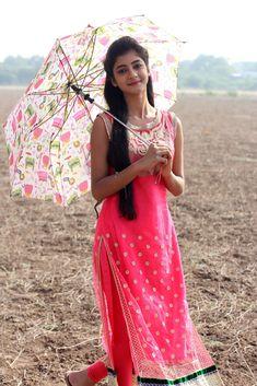 Summiyya Mohammed Prema Janta Stills - HD Gallery Image 76 Beautiful Girl In India, Beautiful Girl Photo, Beautiful Women, South Indian Actress Hot, Beautiful Indian Actress, Beauty Full Girl, Cute Beauty, Cute Baby Girl Pictures, Girl Photos