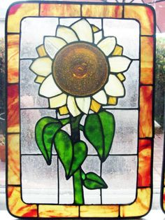 Stained glass Sunflower with complimentary par ShimmerGlassWorks