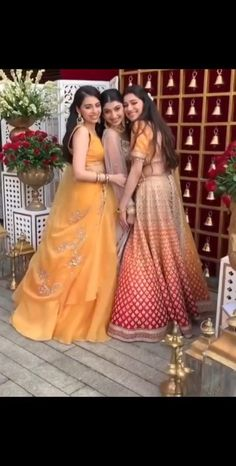 Indian Wedding Songs, Indian Wedding Outfits, Bridal Outfits, Indian Outfits, Bride And Bridesmaid Pictures, Brides And Bridesmaids, Wedding Dance Video, Wedding Videos, Afghani Clothes