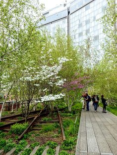 SPRING ON THE HIGH LINE by mabel65 The HIGH LINE (also known as the High Line Park) is a 1.45-mile-long New York City linear park built in Manhattan on an elevated section of a disused New York Central Railroad spur called the West Side Line. Inspired by the 3-mile Promenade Plantée a similar project in Paris completed in 1993 the High Line has been redesigned and planted as an aerial greenway and rails-to-trails park. LandscapeTreesParkPeopleFlowersUrbanNew yorkStreet photographyTrackUrban…