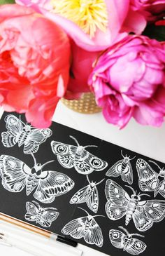 Drawing Unique alisaburke: a peek inside my sketchbook Unique Drawings, 3d Drawings, Line Doodles, Alisa Burke, Black Paper Drawing, Scratch Art, Tangle Art, Drawing Projects, Sketchbook Inspiration
