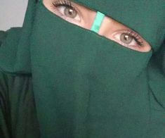 Green Niqab